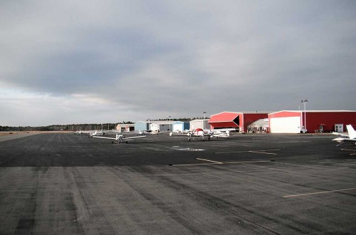 Plymouth Municipal Airport