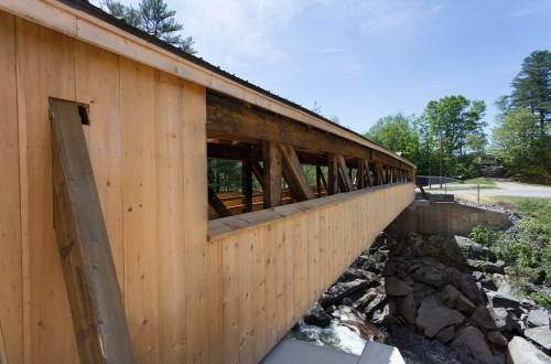 Wentworth Village Common Covered Bridge